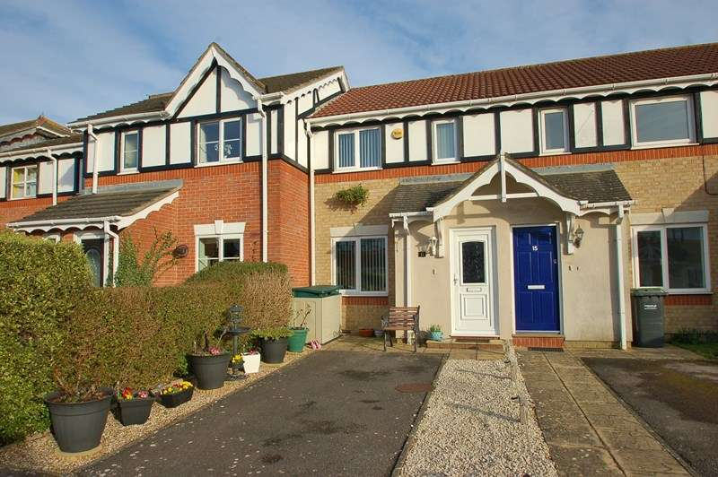 2 Bedrooms Terraced House for sale in Grayshott Road, Gosport