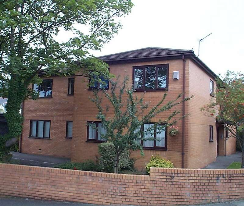 1 Bedroom Ground Flat for sale in Maberly Court, Fidlas Avenue, Llanishen, Cardiff CF14