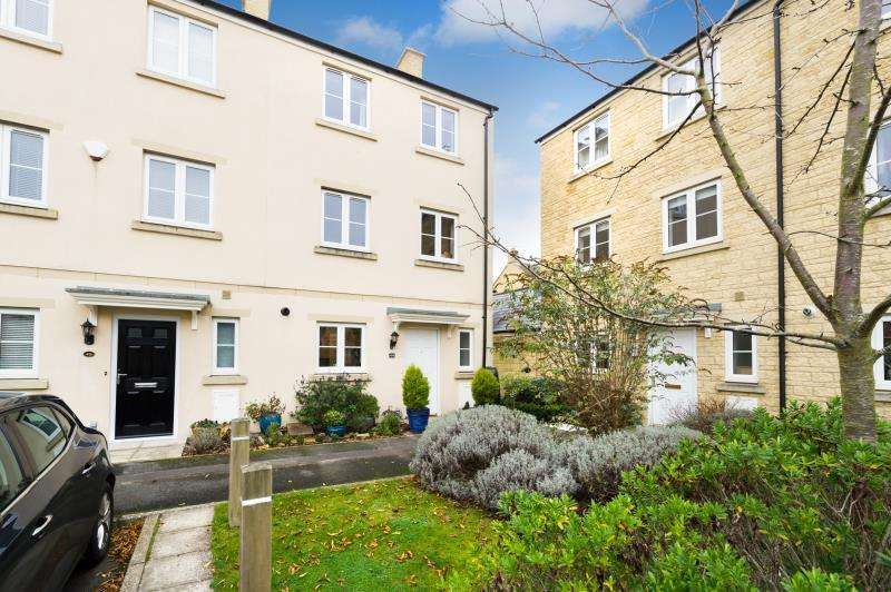 3 Bedrooms Terraced House for sale in Ashcombe Crescent, Witney, Oxfordshire