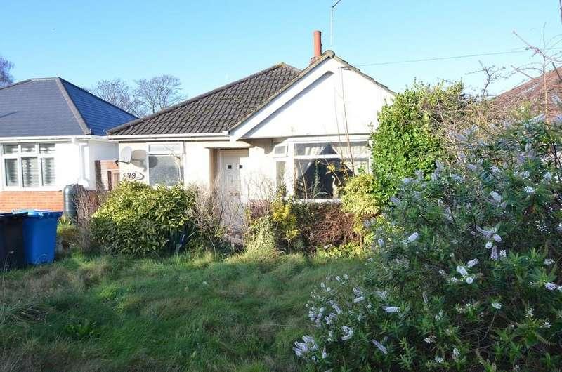 2 Bedrooms Detached Bungalow for sale in Alder Road, Parkstone