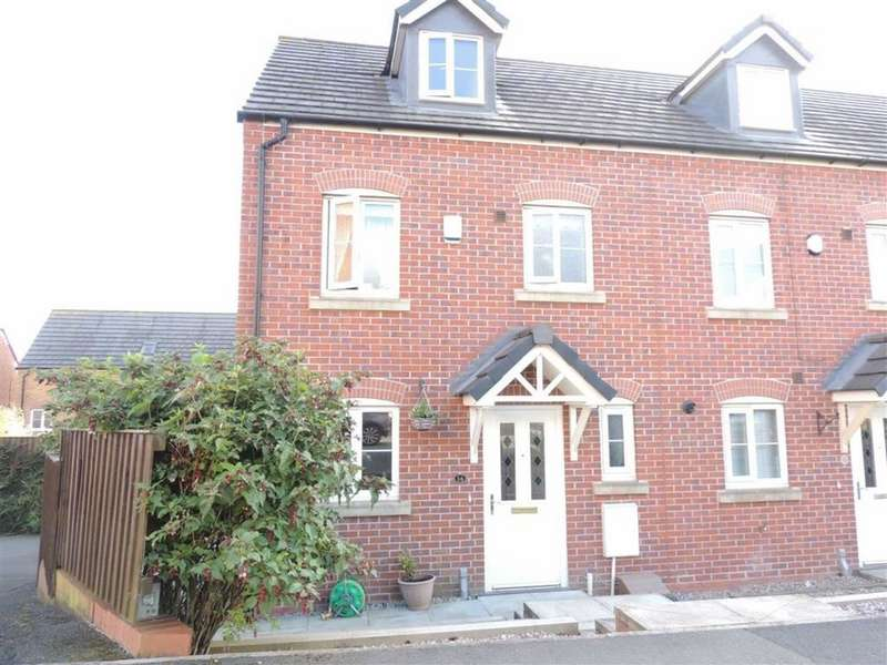 3 Bedrooms Town House for sale in The Green, HYDE