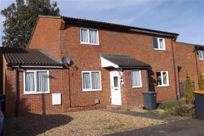 3 Bedrooms House for rent in Walcourt Road