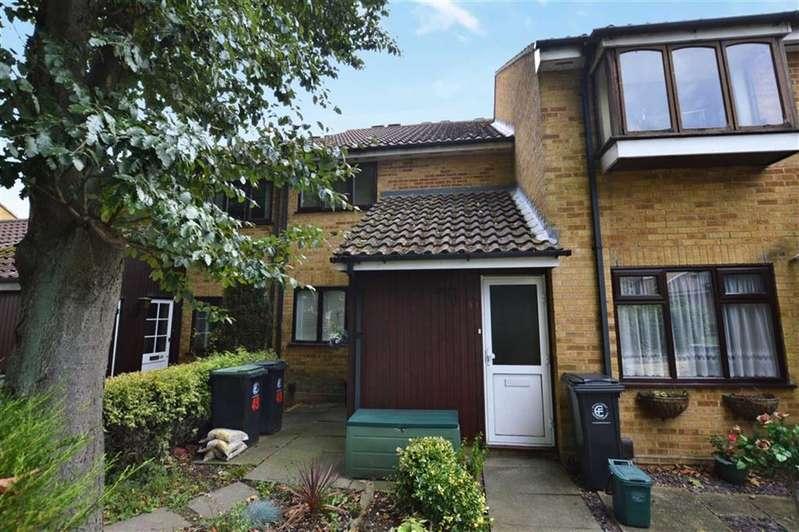 1 Bedroom Maisonette Flat for sale in Hampden Close, North Weald