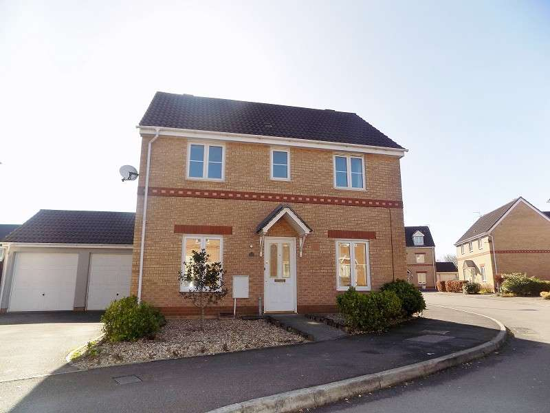 3 Bedrooms Detached House for sale in Hill Court, Broadlands, Bridgend. CF31 5BX