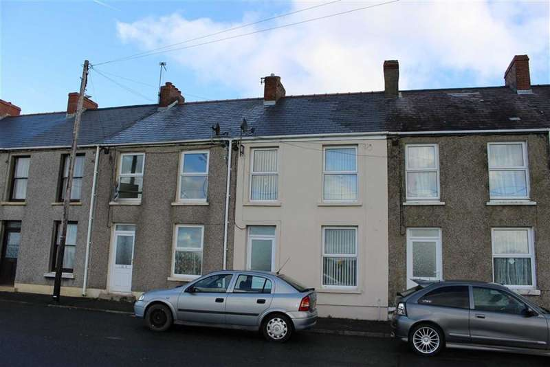 2 Bedrooms Terraced House for sale in Marble Hall Road, Milford Haven