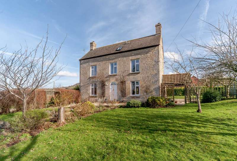 4 Bedrooms Detached House for sale in OXLYNCH LANE, STANDISH, GLOUCESTERSHIRE