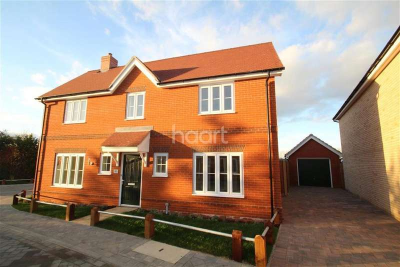4 Bedrooms Detached House for rent in Casey Jones Close, Bury St Edmunds