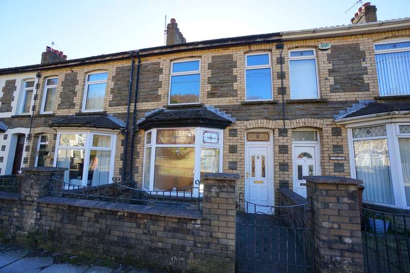 4 Bedrooms Terraced House for sale in New Road, Ynysddu, Newport, NP11