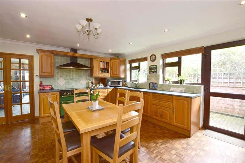 3 Bedrooms Detached Bungalow for sale in Amber Lane, , Chart Sutton, Maidstone, Kent