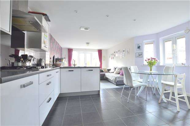 3 Bedrooms End Of Terrace House for sale in Walton Cardiff, TEWKESBURY, Gloucestershire