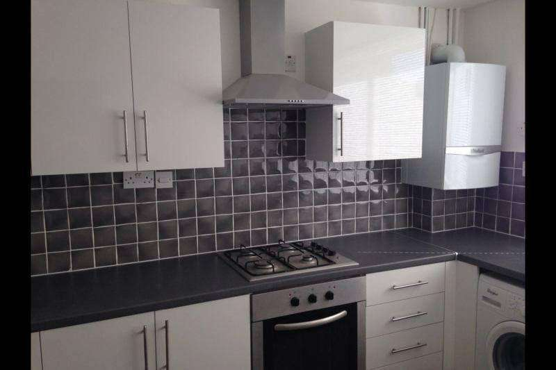 4 Bedrooms Flat for rent in Otto Close,Sydenham SE26