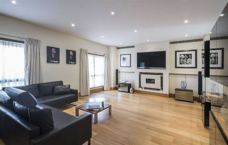 4 Bedrooms House for sale in Collection Place, London, NW8