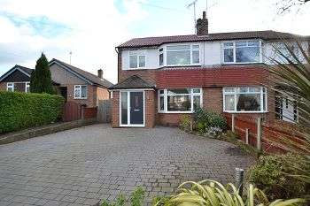 3 Bedrooms Property for sale in Chiltern Avenue, Macclesfield SK11 8LP