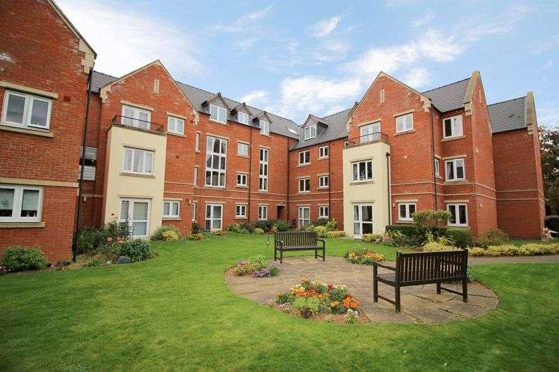 2 Bedrooms Property for sale in Lalgates Court, Northampton, NN5 7AF