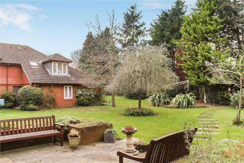 1 Bedroom Apartment Flat for sale in Burpham