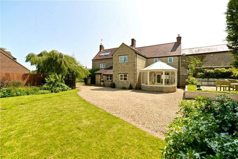 4 Bedrooms Unique Property for sale in High Street, Silverstone, Towcester, Northamptonshire