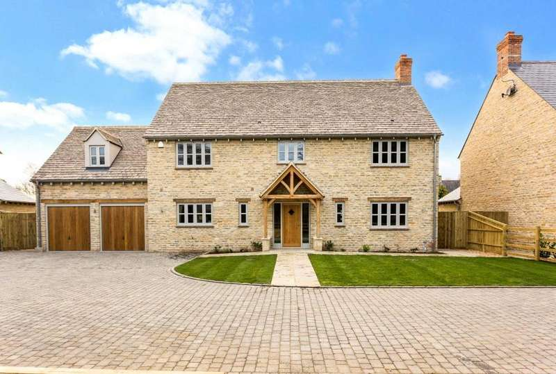 5 Bedrooms Detached House for sale in Birch House, High Street, Standlake, Oxfordshire, OX29