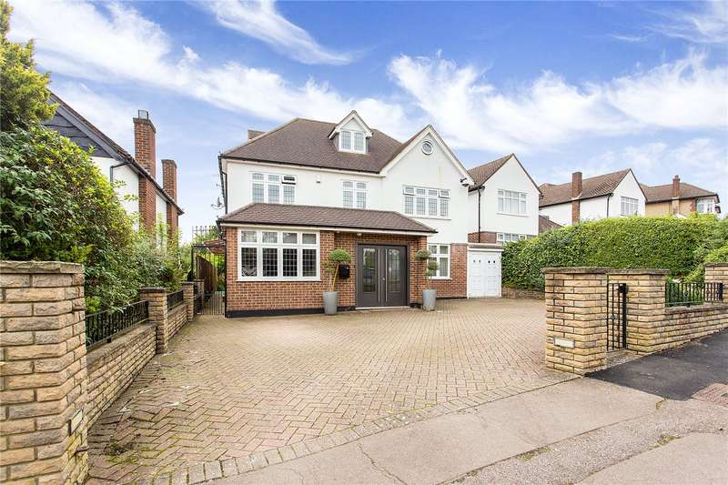 5 Bedrooms Detached House for sale in The Coppice, Enfield, EN2