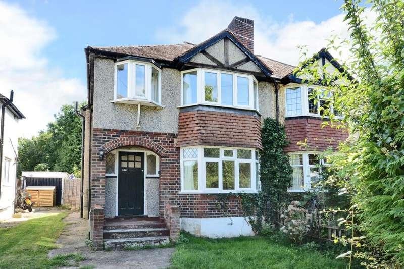 3 Bedrooms Semi Detached House for rent in Worcester Park Road, Worcester Park, Surrey, KT4