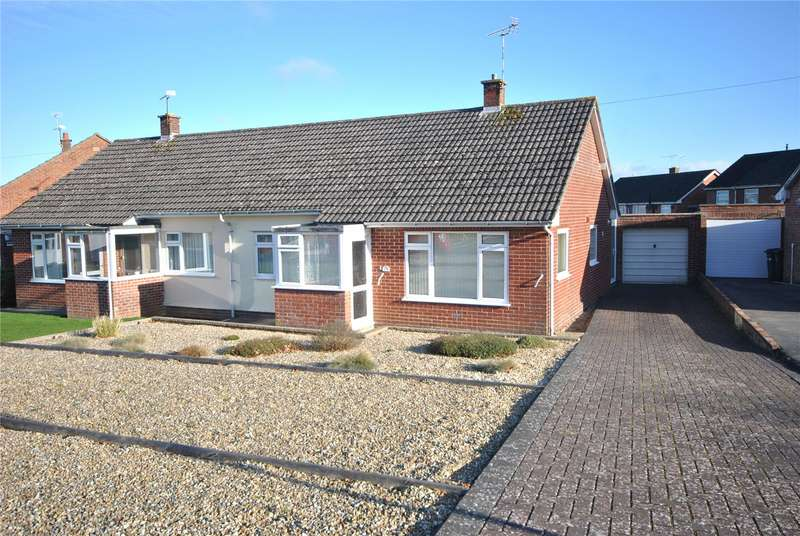 2 Bedrooms Semi Detached Bungalow for sale in King Ine Close South, Chard, Somerset, TA20