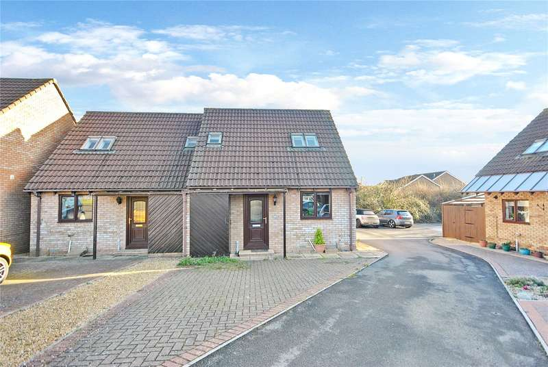 2 Bedrooms Semi Detached House for sale in Tudor Court, Chard, Somerset, TA20