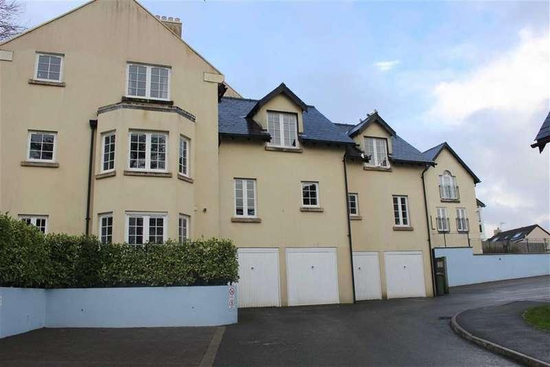 2 Bedrooms Flat for sale in Rhodewood House, Saundersfoot