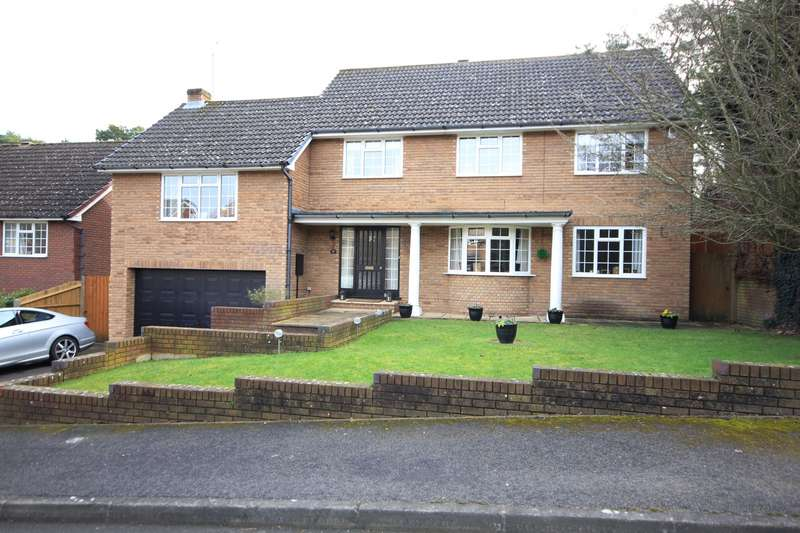 4 Bedrooms Detached House for sale in Fairway Avenue, Tilehurst, Reading, RG30