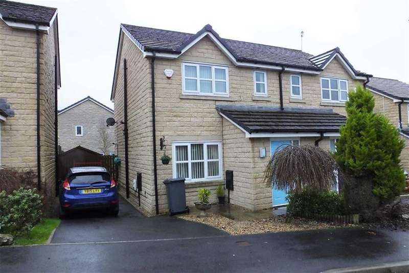3 Bedrooms Semi Detached House for sale in Aspen Grove, Earby, Lancashire, BB18