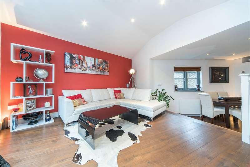 2 Bedrooms Maisonette Flat for sale in Shorrolds Road, Fulham Broadway, London, SW6