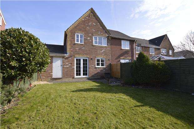3 Bedrooms End Of Terrace House for sale in Bakers Ground, BS34 8GG
