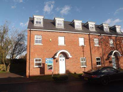 House for sale in Swinhoe Place, Culcheth, Warrington, Cheshire, WA3