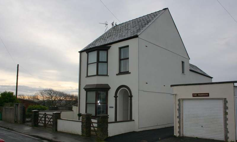 4 Bedrooms Detached House for sale in Cross Park, Pembroke Dock