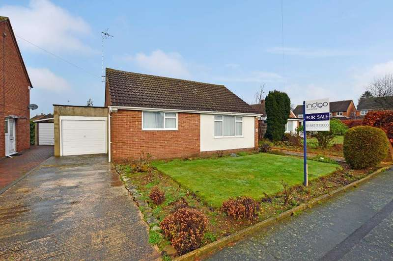 2 Bedrooms Detached Bungalow for sale in Adstone Road, Caddington, LU1 4JF