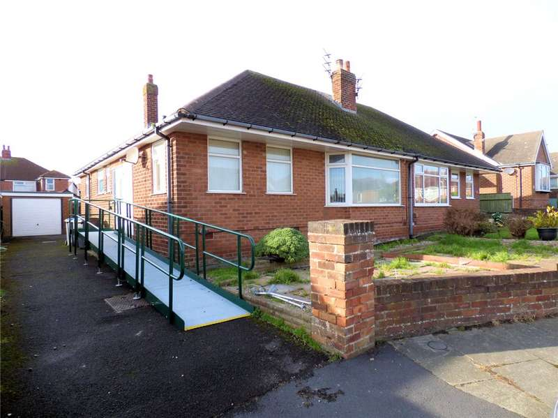 2 Bedrooms Semi Detached Bungalow for sale in Hanover Crescent, Bispham, Blackpool