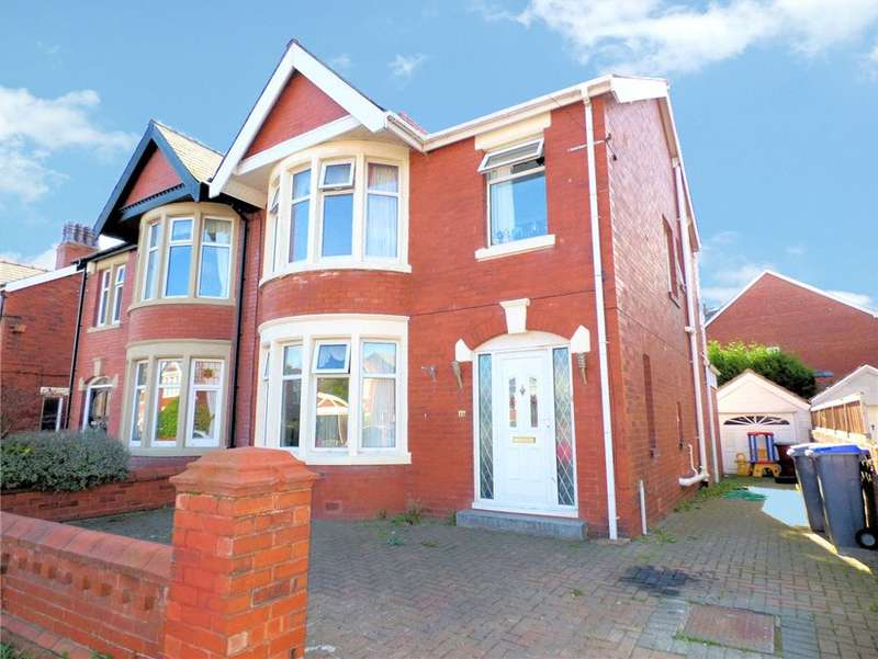 3 Bedrooms Semi Detached House for sale in Knowsley Avenue, Stanley Park, Blackpool