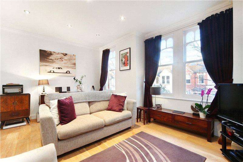 2 Bedrooms Maisonette Flat for sale in Adelaide Grove, London, W12