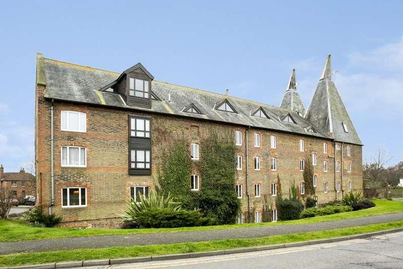 2 Bedrooms Apartment Flat for sale in Hadlow