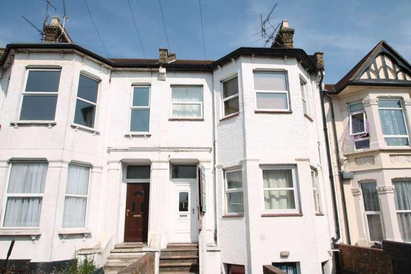 Studio Flat for sale in Southchurch Avenue, Southend On Sea