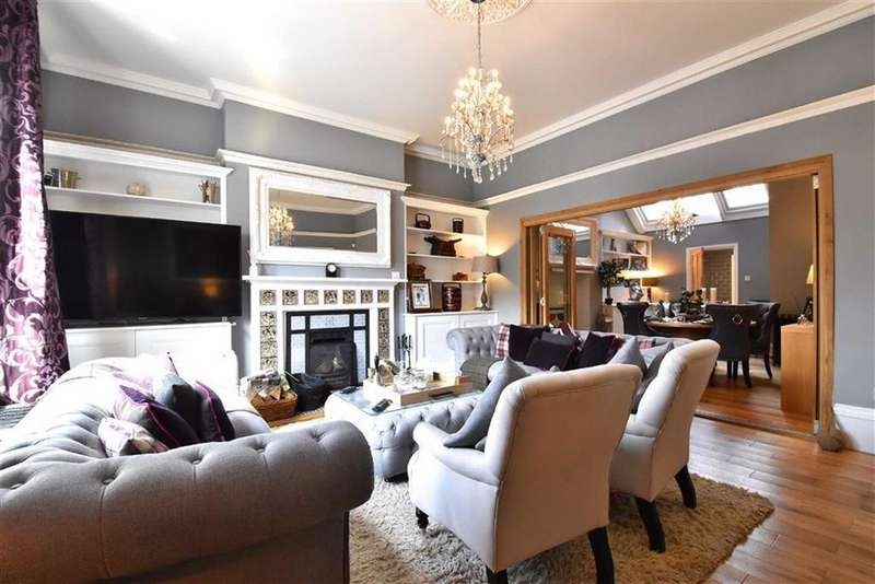 5 Bedrooms Terraced House for sale in Tweedy Road, Bromley, Kent