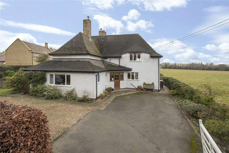 3 Bedrooms Detached House for sale in Leamington Road, Broadway, Worcestershire, WR12