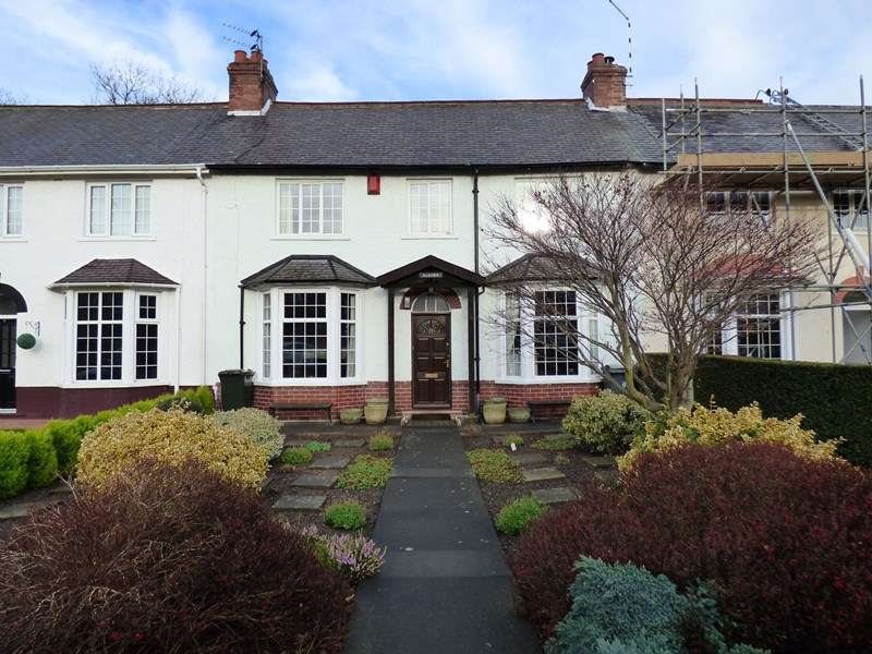 3 Bedrooms Property for sale in Campville, North Shields, Tyne and Wear, NE29 0NR