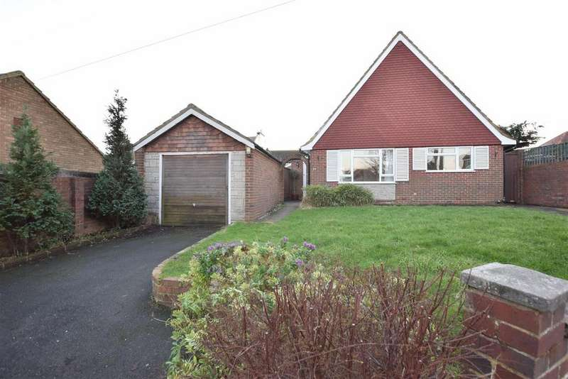 4 Bedrooms Detached House for sale in Priory Close, Hastings