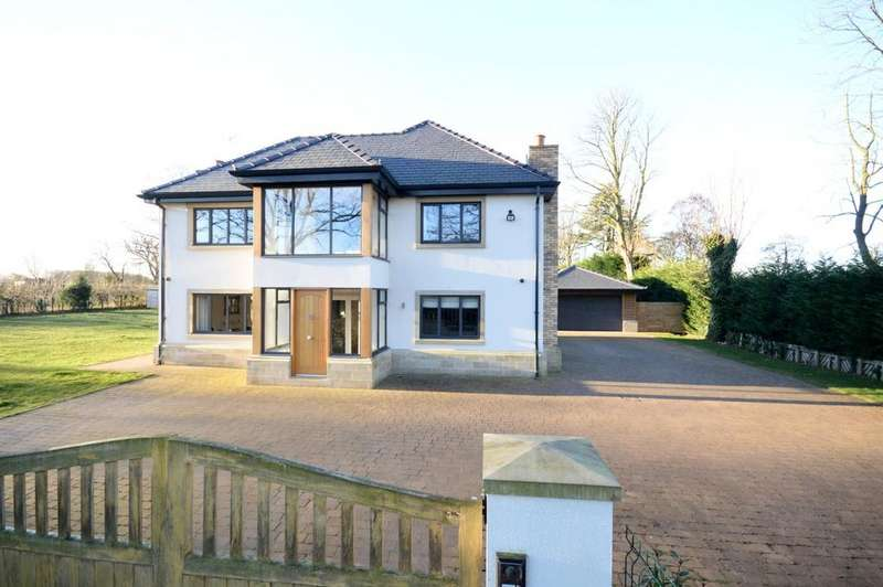 5 Bedrooms Detached House for sale in Orsett House, Halfacre Lane, Thelwall, Cheshire