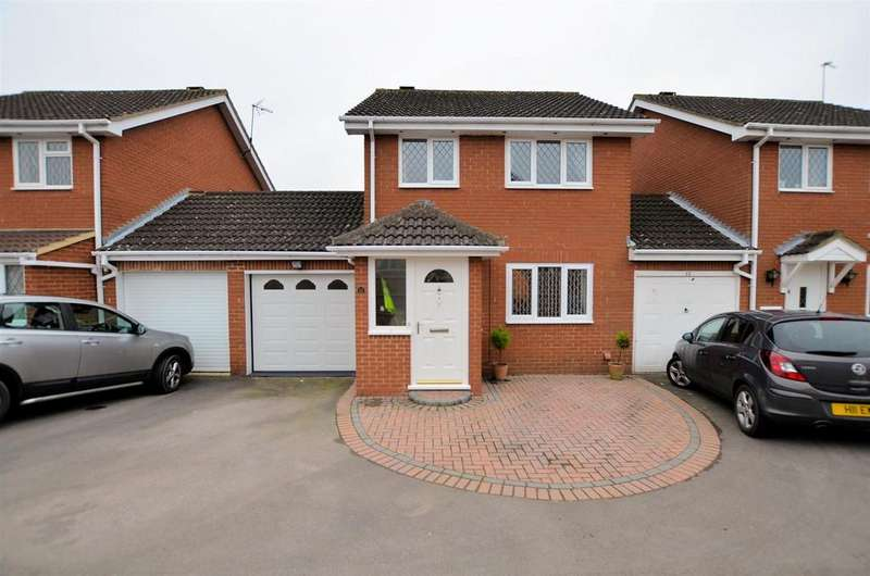 3 Bedrooms Link Detached House for sale in Calbourne Drive, Calcot, Reading