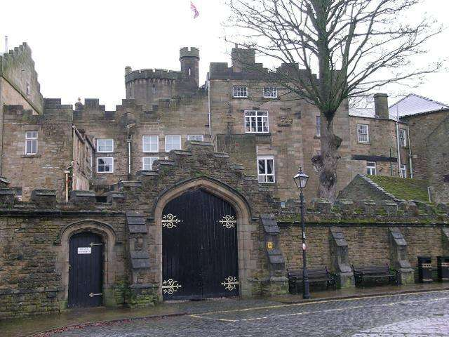 2 Bedrooms Apartment Flat for rent in The Castle, Durham, Durham, County Durham, DL13 2PZ