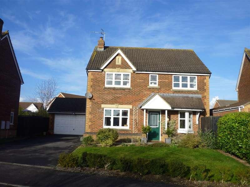 4 Bedrooms Detached House for sale in Birch Gardens Hilperton,