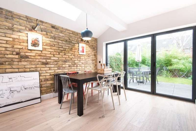 3 Bedrooms House for sale in Windsor Road, Kew