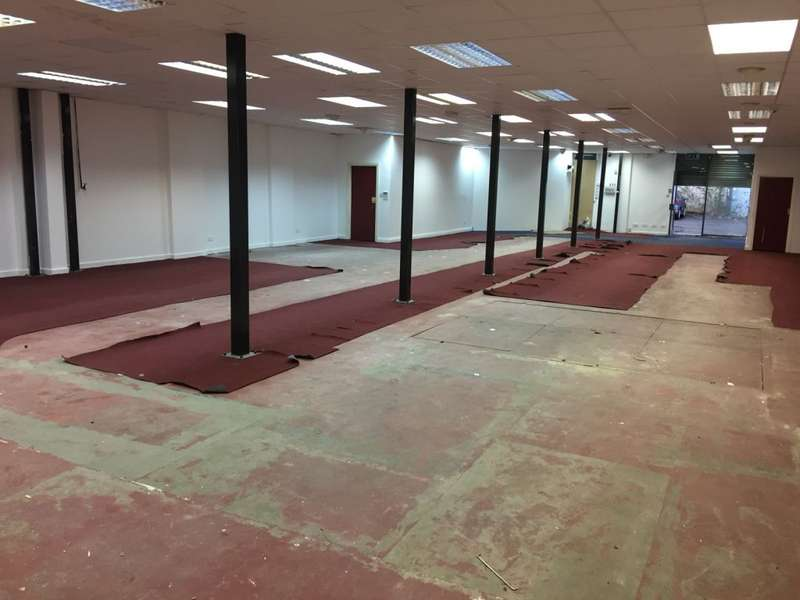 Commercial Property for rent in Camberwell Street, Manchester, M8