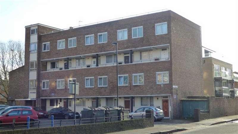 3 Bedrooms Maisonette Flat for sale in Hammersley House, Pomeroy Street, London