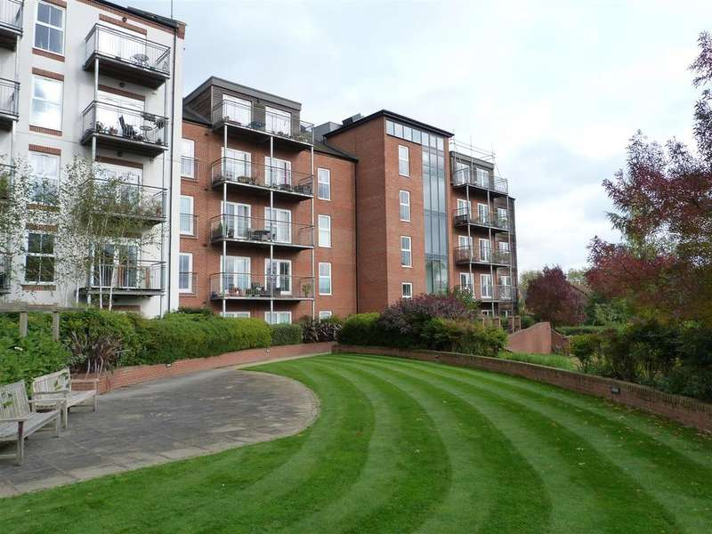 1 Bedroom Apartment Flat for sale in St. Marys Road, Welland Quarter, Market Harborough